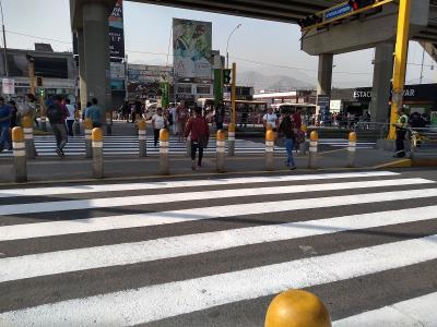 Desalojan ambulantes de la estación Bayóvar