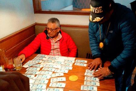 Asesor del Alcalde es detenido por cobrar una coima