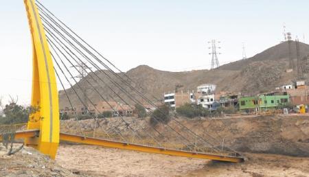 Municipalidad de Lima inicio obra del puente que se desplomó