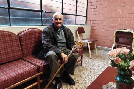 padre-jorge-alvarez-calderon-su-vida-dedicada-a-apoyar-a-los-pobres-desde-el-sacerdocio