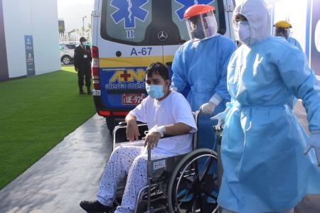 Villa EsSalud SJL recibe 15 primeros pacientes covid-19 para hospitalización