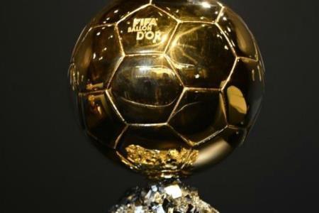 El trofeo del Balón de Oro no se otorgará este año