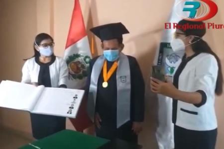 Piurano de 72 años termina la universidad y obtiene grado de bachiller