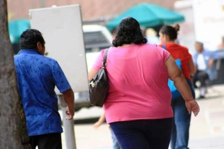 El 85.5% de pacientes fallecidos por Covid-19 padecía obesidad, según Minsa