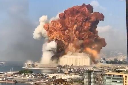 una-gran-explosion-sacudio-el-puerto-de-beirut
