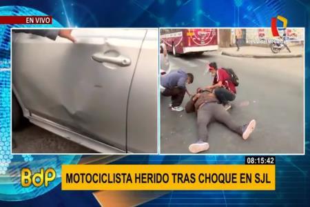 Aparatoso accidente dejó a motociclista herido en Canto Grande
