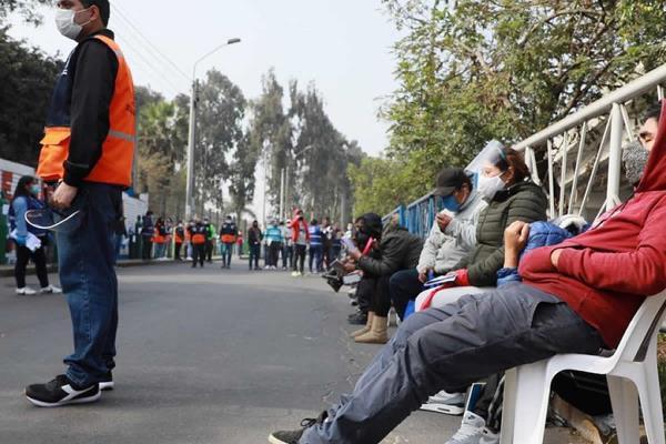 Más de 200 personas fueron abastecidas de oxígeno gratis en SJL