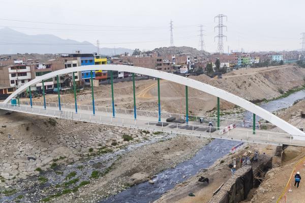 Obras del puente Malecón Checa serán concluidos en las próximas semanas