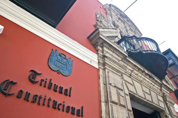 TC admite demanda competencial y rechaza medida cautelar respecto a la vacancia