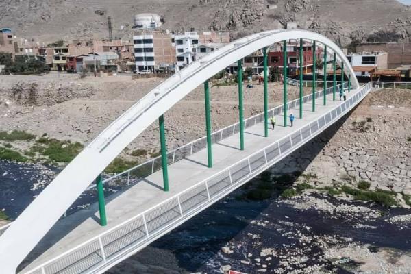 Se inauguró puente peatonal Malecón Checa