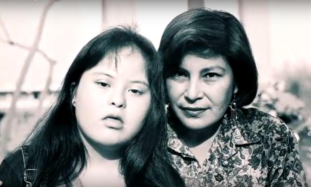María Luz Contreras al lado de su hija María Alejandra